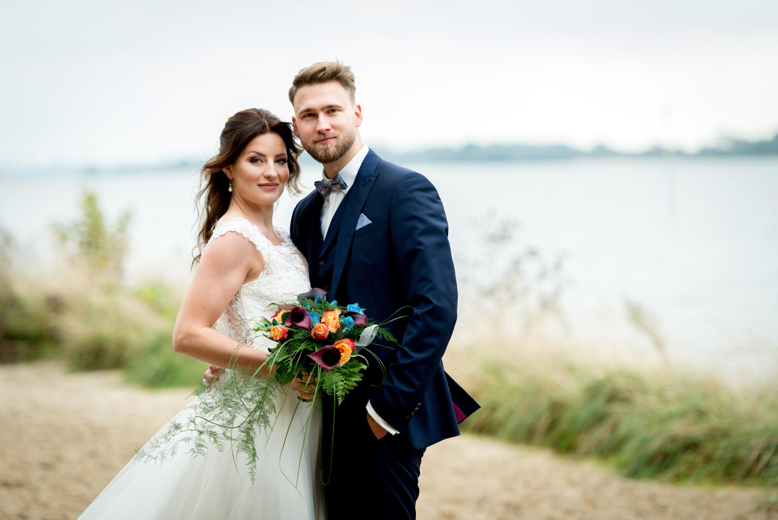 Hochzeitsfotos am Elbstrand in Wedel