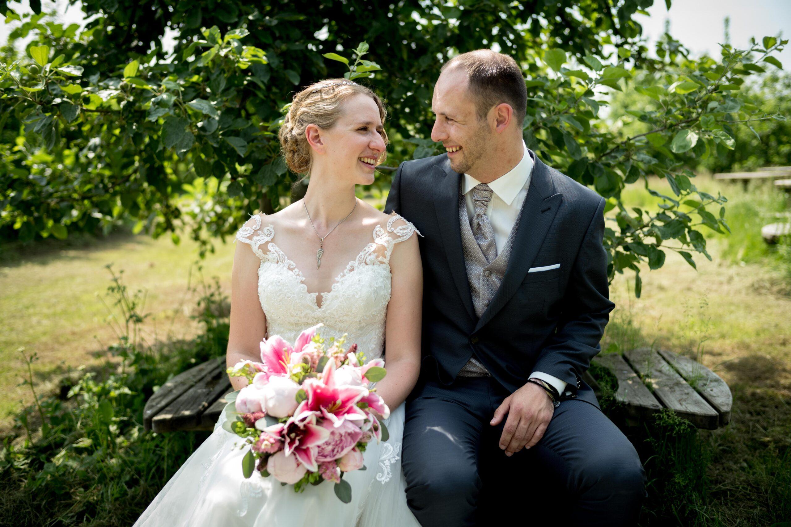Hochzeitsfotos in der Apfelplantage Jork